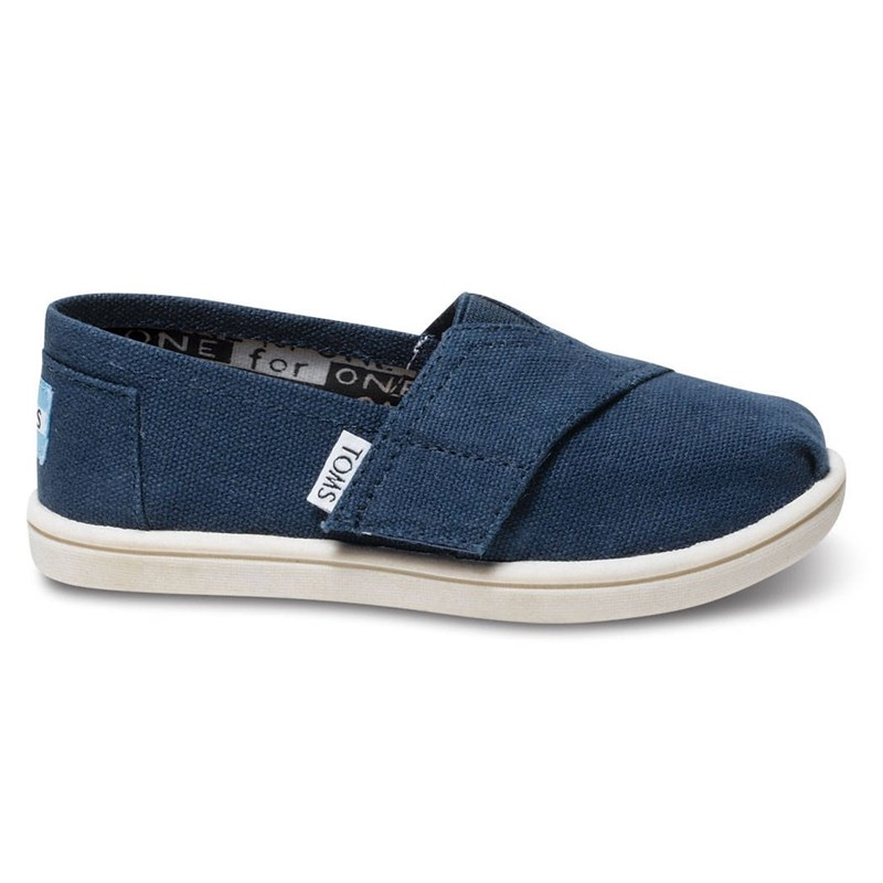 Läs mer om TomsNavy Classic Slip On Shoe30 (UK 11)
