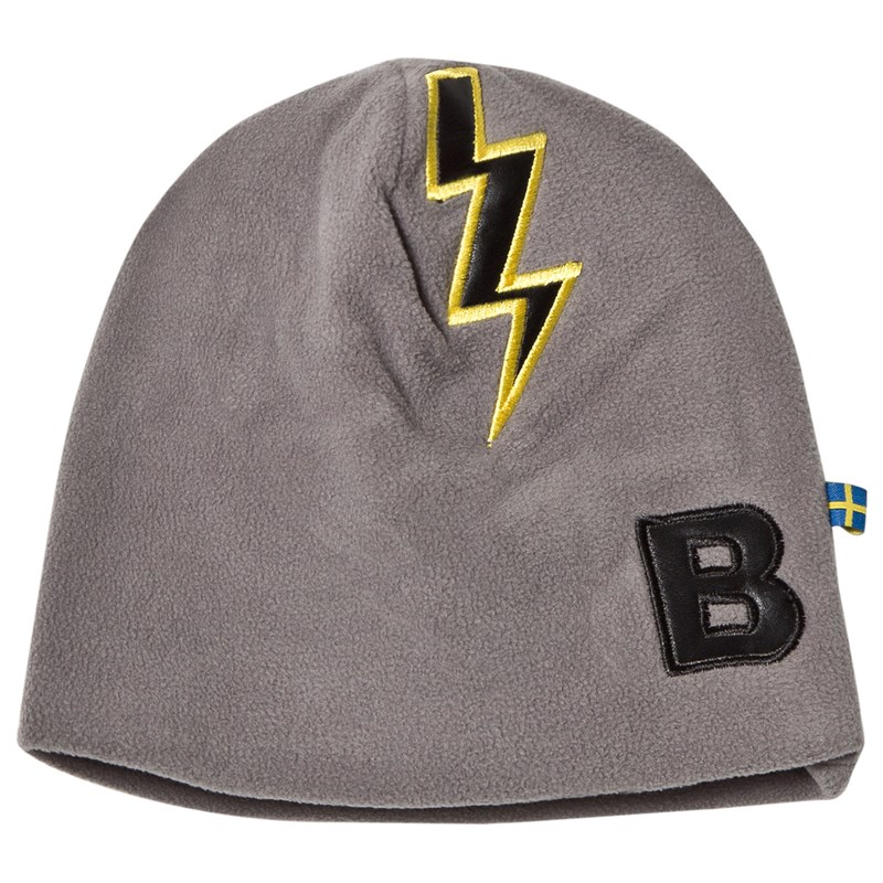 Läs mer om The BRANDFleece Hat Graphit Grey With Black Leather Bolt